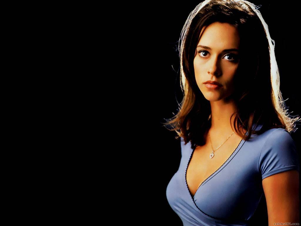 Jennifer love hewitt wallpaper 1024x768 actresses - J love wallpaper download ...