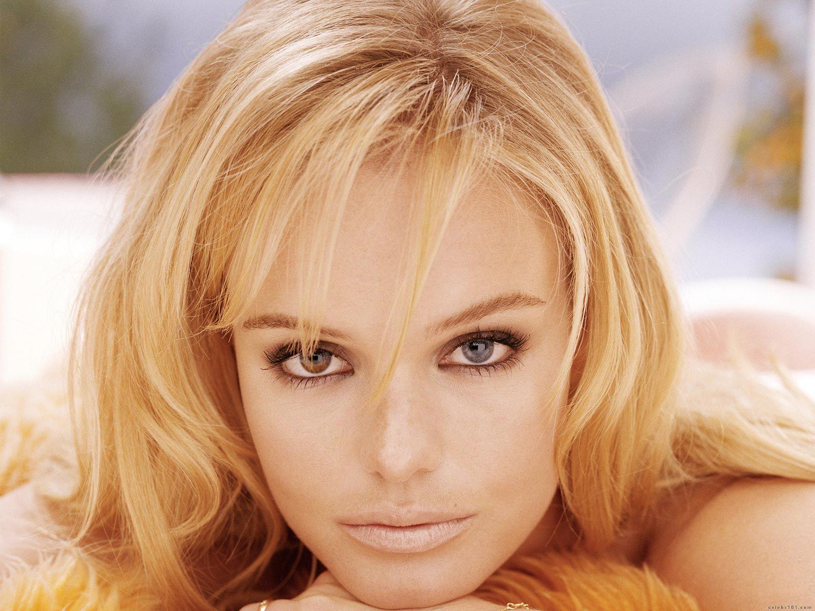 Сайт знакомств с блондинками 18 фотография