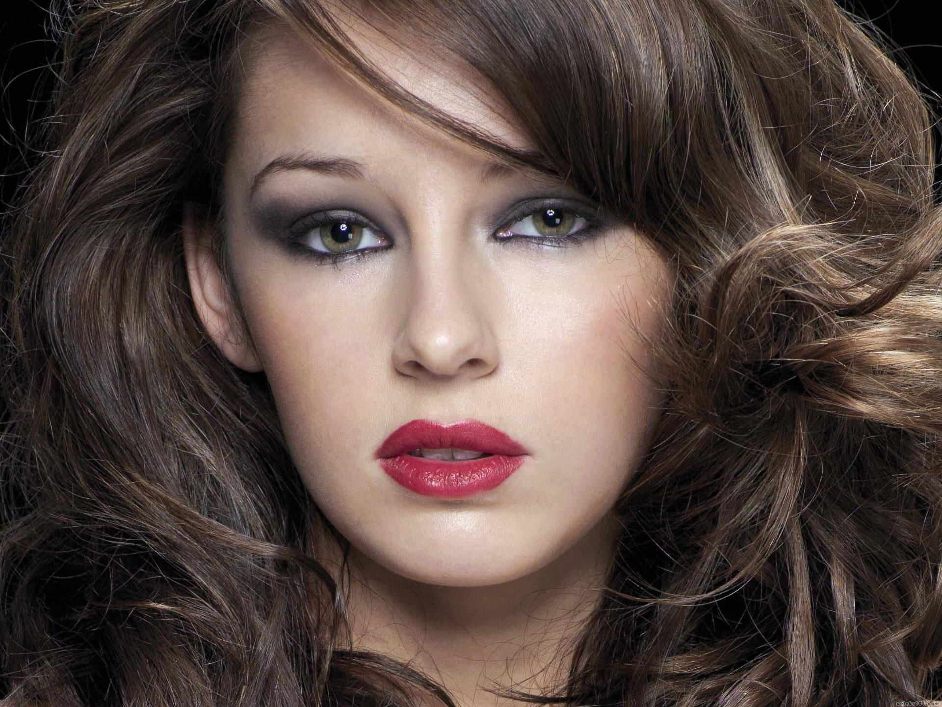keeley hazell downloads backgrounds - photo #9