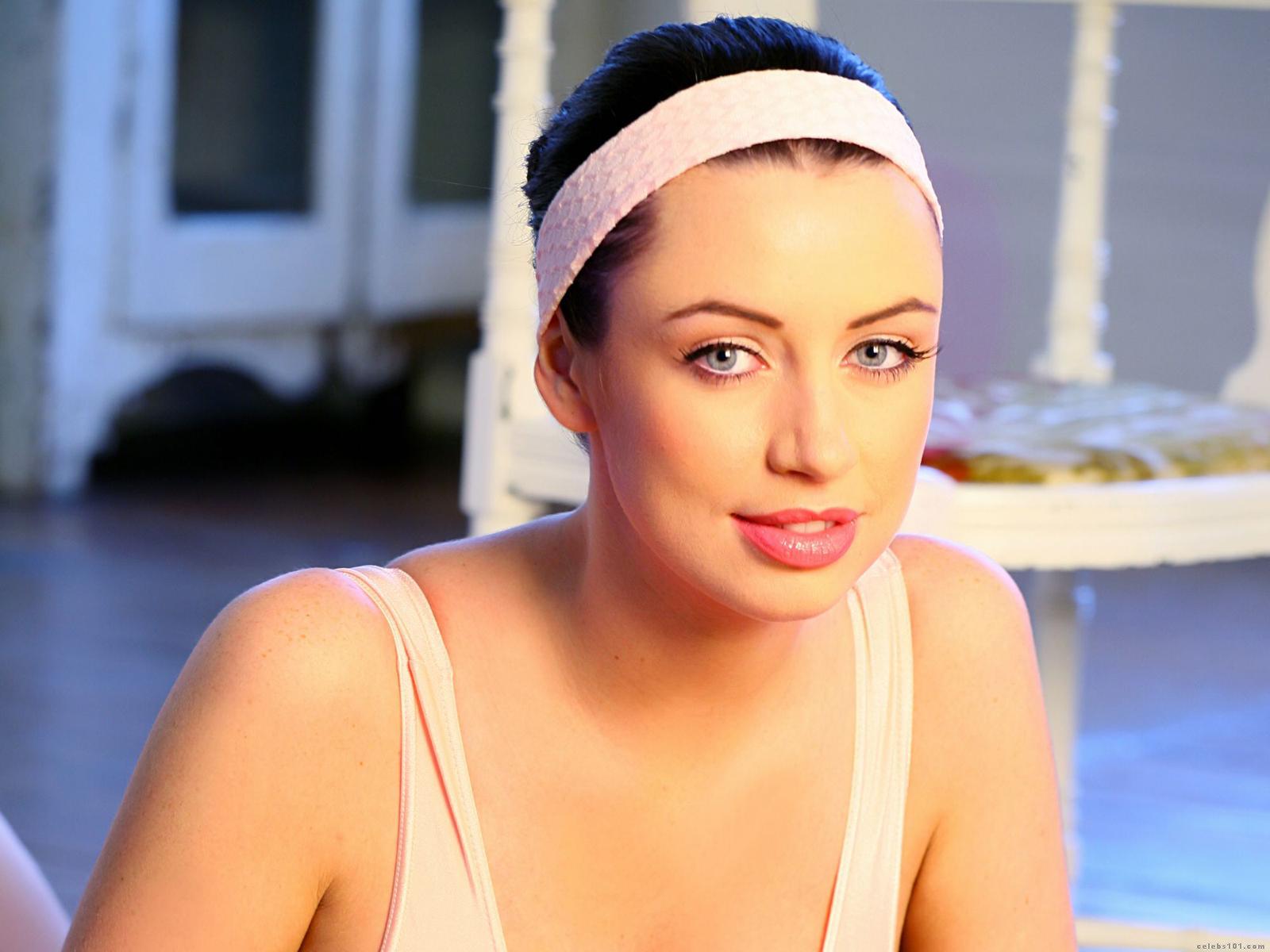 Фото русских знаменитостей в плейбое, Голая Марика в журналах Playboy, xxl и Sim 17 фотография
