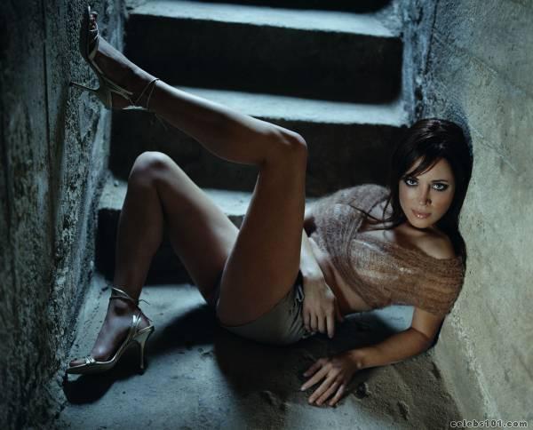 Alanna Ubach - Wallpaper Actress