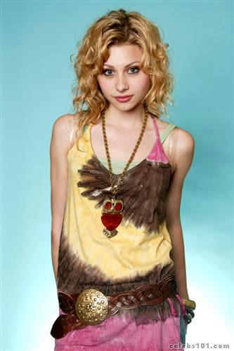 Alyson Michalka Picture