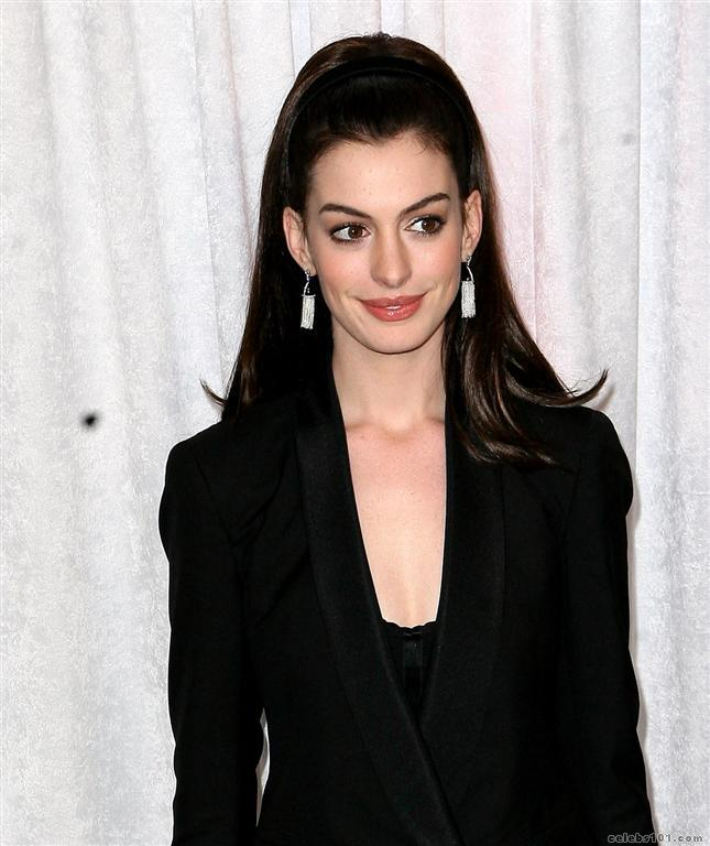 Anne Hathaway Actresses Photo