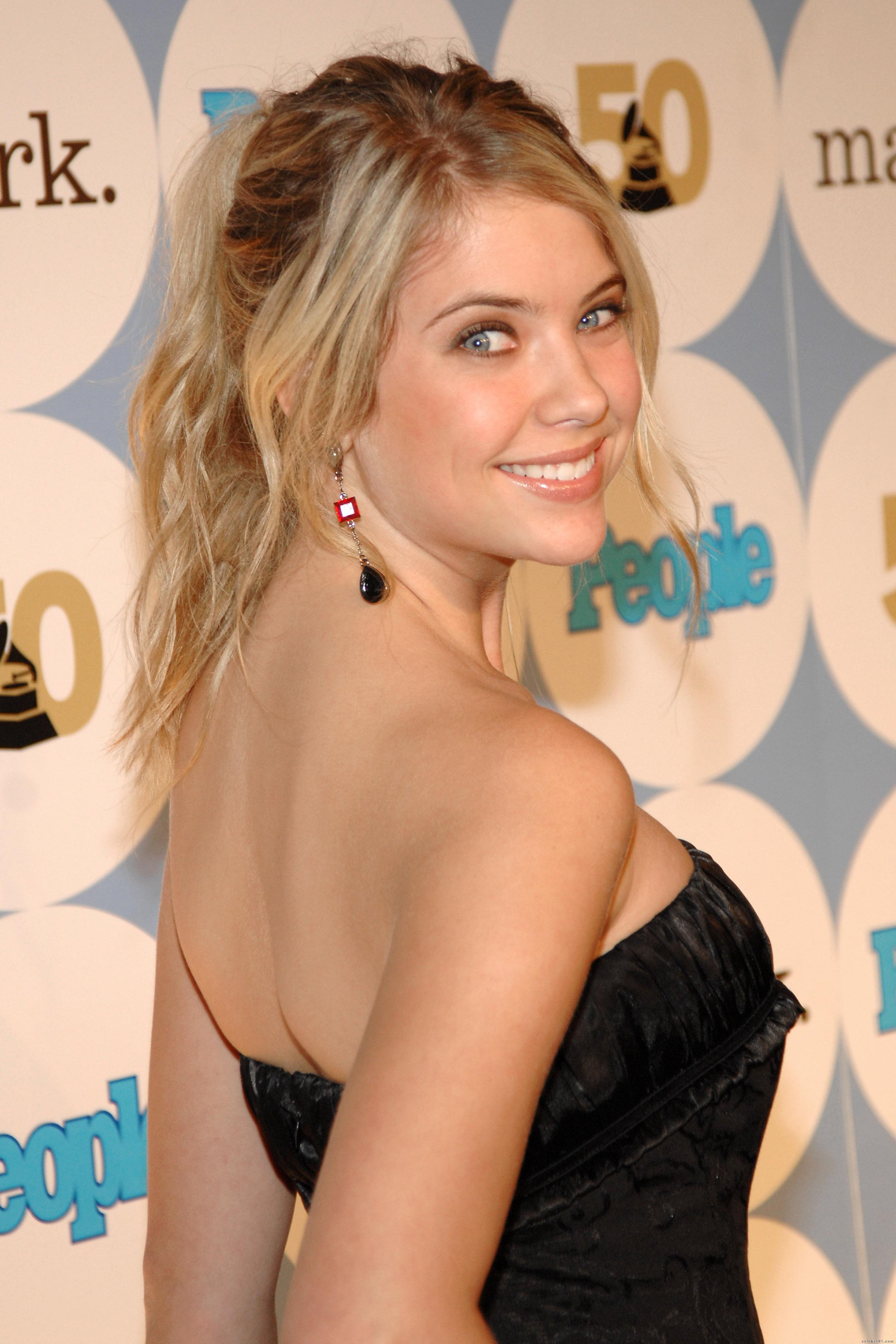 Pictures Box Stars Ashley Benson Pictures 2011 Actress