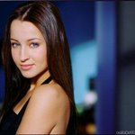 Ashley Leggat Picture