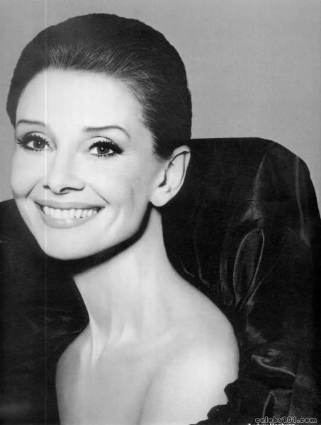 audrey hepburn photo 1