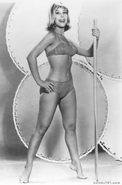 The 19 Hottest Barbara Eden Photos - Ranker