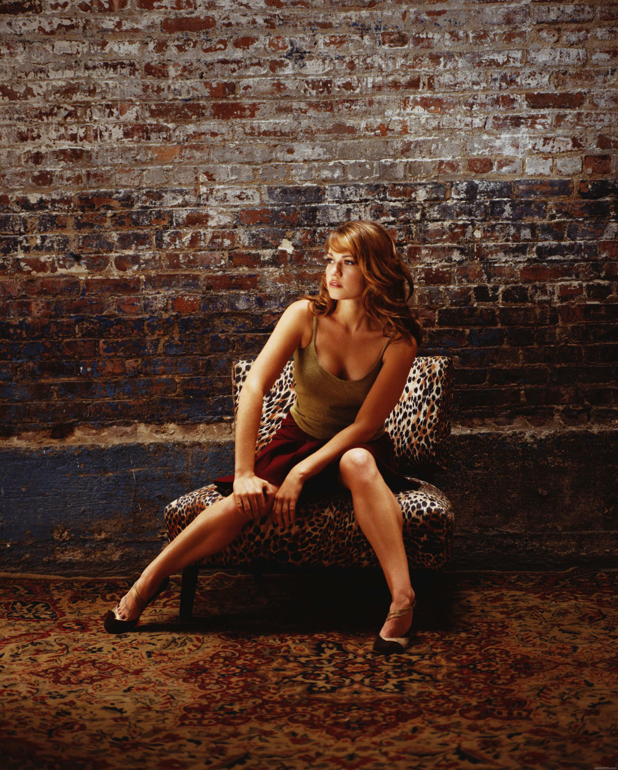 Bethany Joy Galeotti - Images Gallery