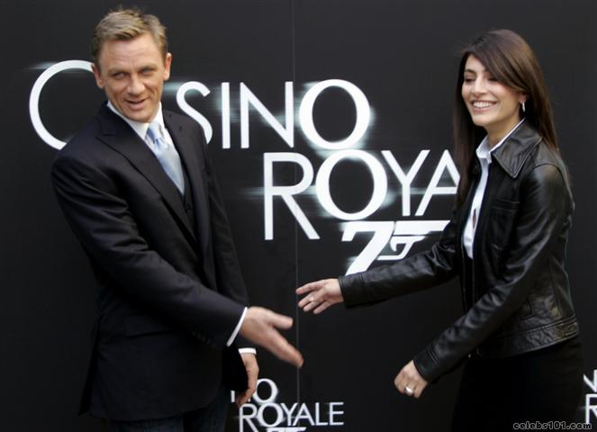 Casino royale box office record realdice casino 1.11