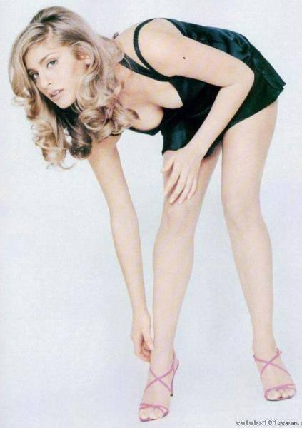 Dani Behr - Wallpaper Actress
