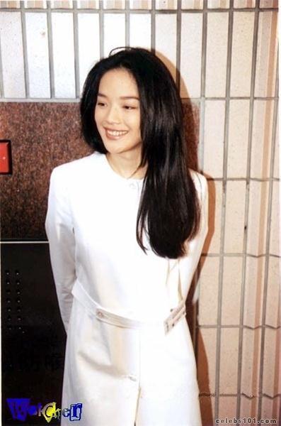 Actress Hsu Chi releases fashion photos[2]- Chinadaily.com.cn
