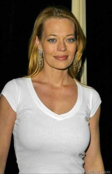 Jeri ryan swinging