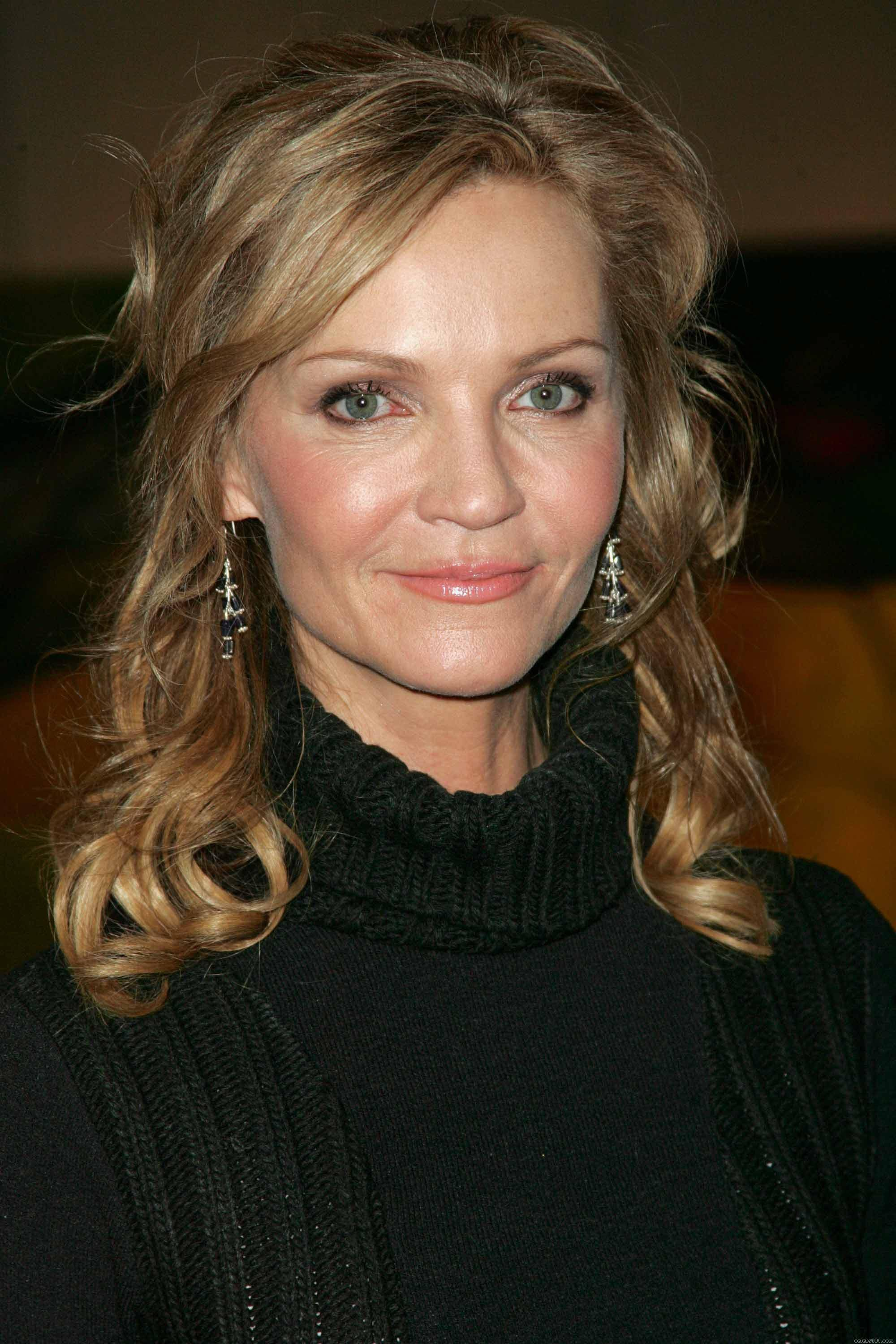 Joan Allen - High quality image size 2000x3000 of Joan ...