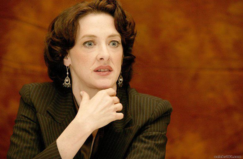 Joan Cusack - Wallpaper Hot