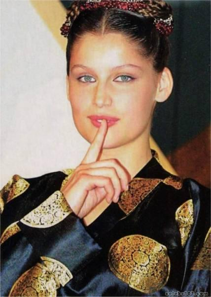 laetitia casta makeup. laetitia casta pictures.