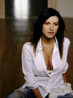 LAURA PAUSINI - High quality image size 300x400 of LAURA PAUSINI ...