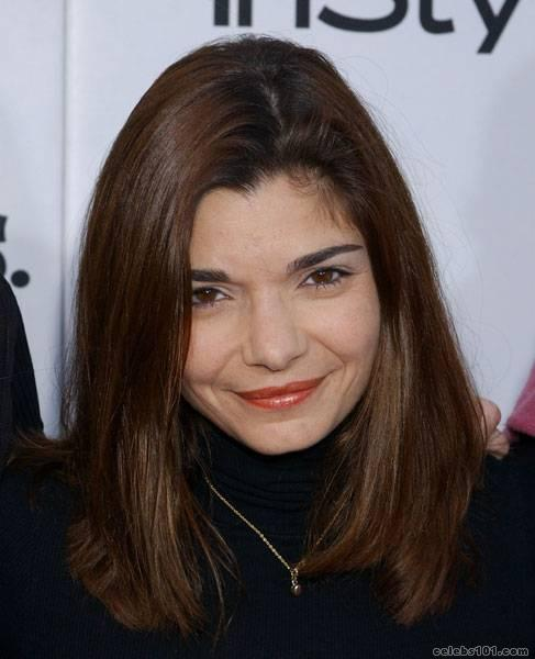 Laura San Giacomo - Picture Gallery