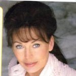 lesley-anne down photo 9