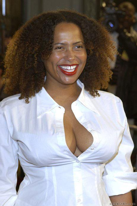 Lisa Nicole Carson - Images Colection