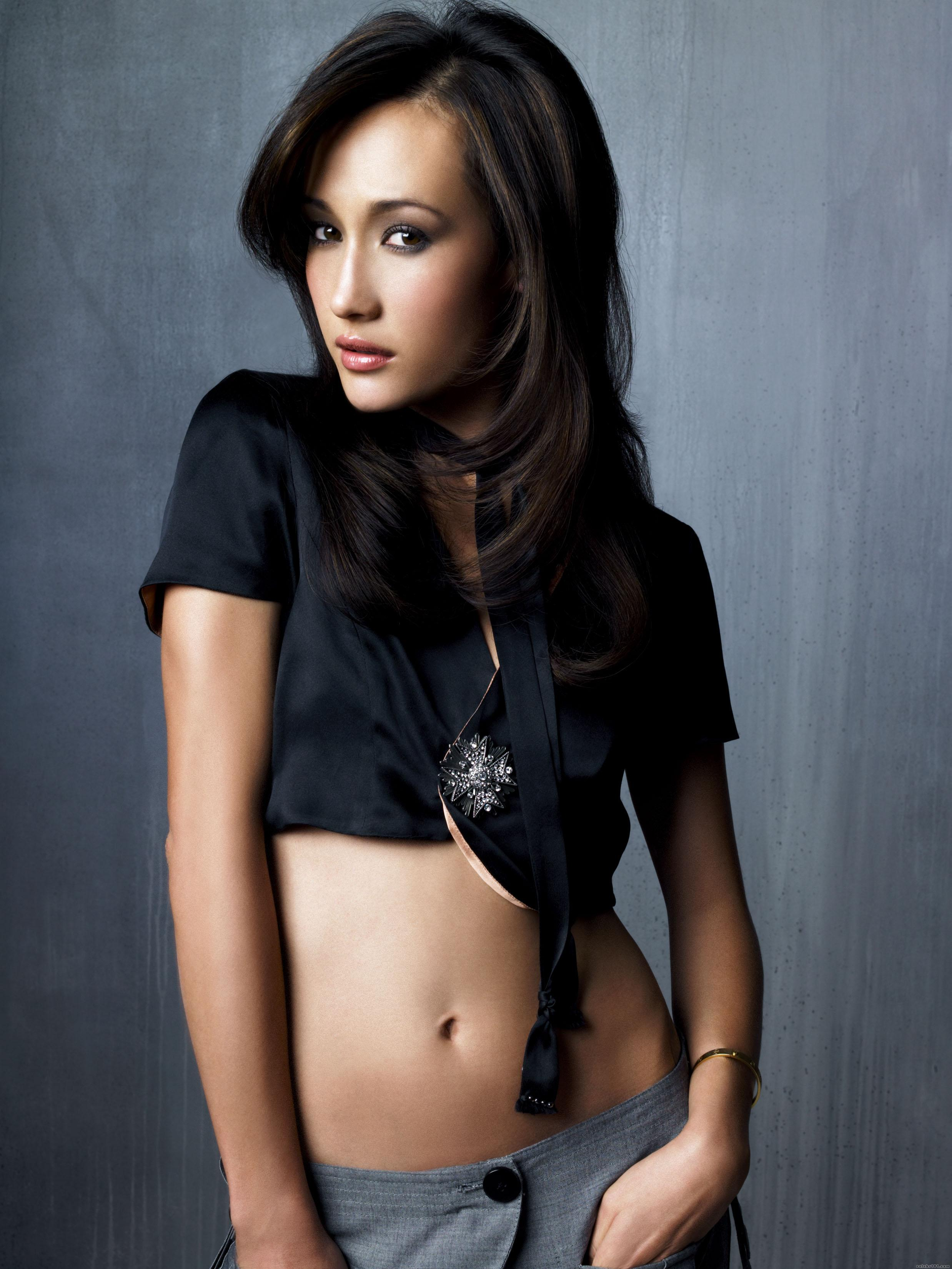 Maggie Q - Photo Set