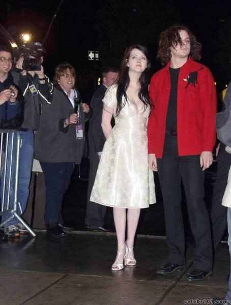 meg white photo 6