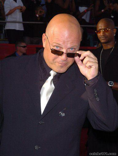 Michael Chiklis Photos