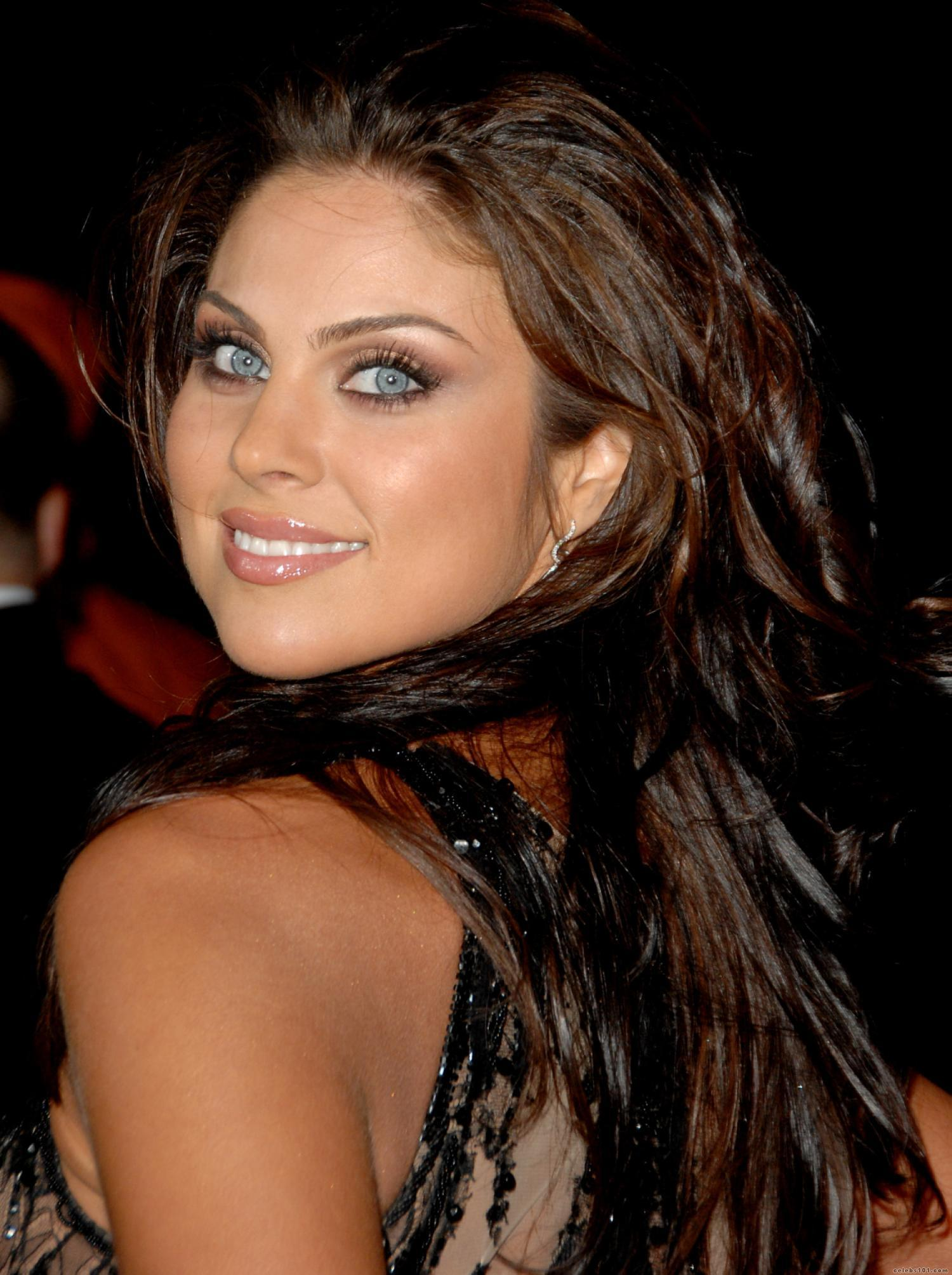 Nadia Bjorlin - Wallpaper Hot