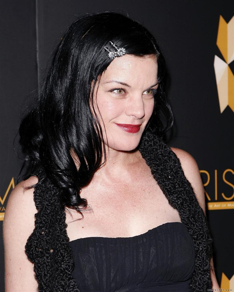 ... Perrette - High quality image size 819x1024 of Pauley Perrette Picture