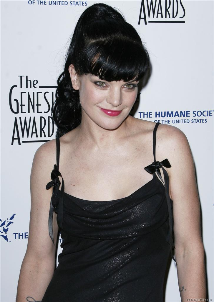 Pauley Perrette Body Height Weight Bra Size Long Hairstyles | LONG HAIRSTYLES