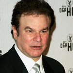Robert Wuhl Photos
