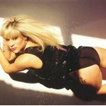 samantha fox photo 6