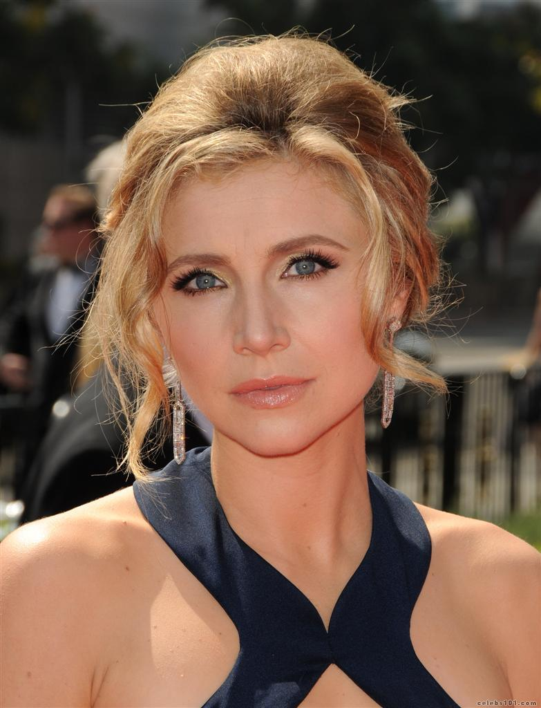 Sarah Chalke - Picture Colection