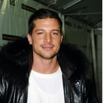 Simon Rex Photos