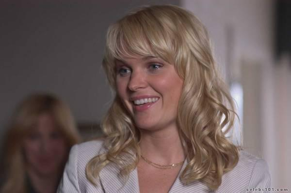 foto-sunny-mabrey-hot-naked-reporter