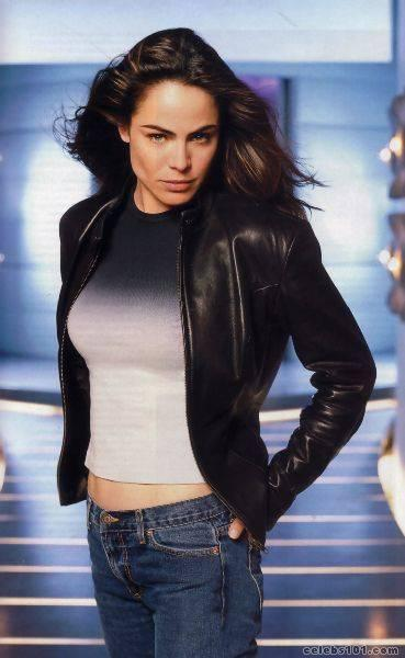 Yancy Butler - Gallery