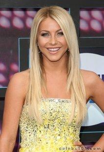 Julianne Hough keeps coy on Ryan Seacrest rumors