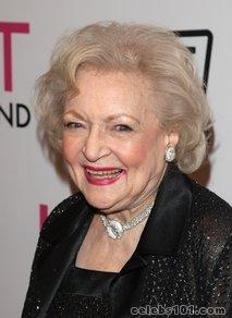 Betty White looks back on `The Golden Girls'