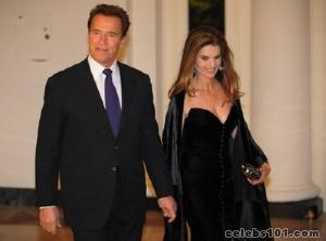 Schwarzenegger, wife Shriver announce split