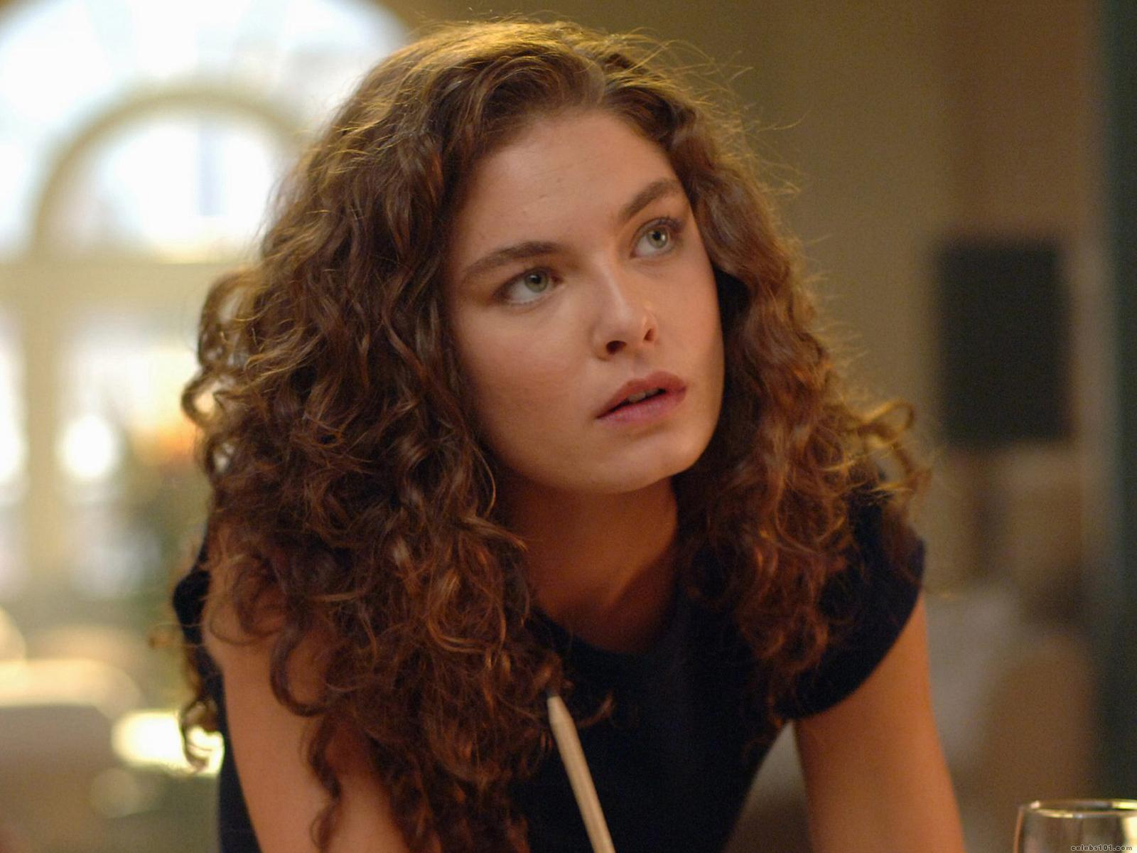 Alexa Davalos - Photo Colection