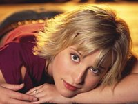 Allison Mack Wallpaper