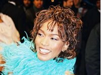 angela bassett photo 6