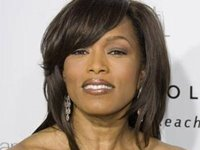 angela bassett photo 9
