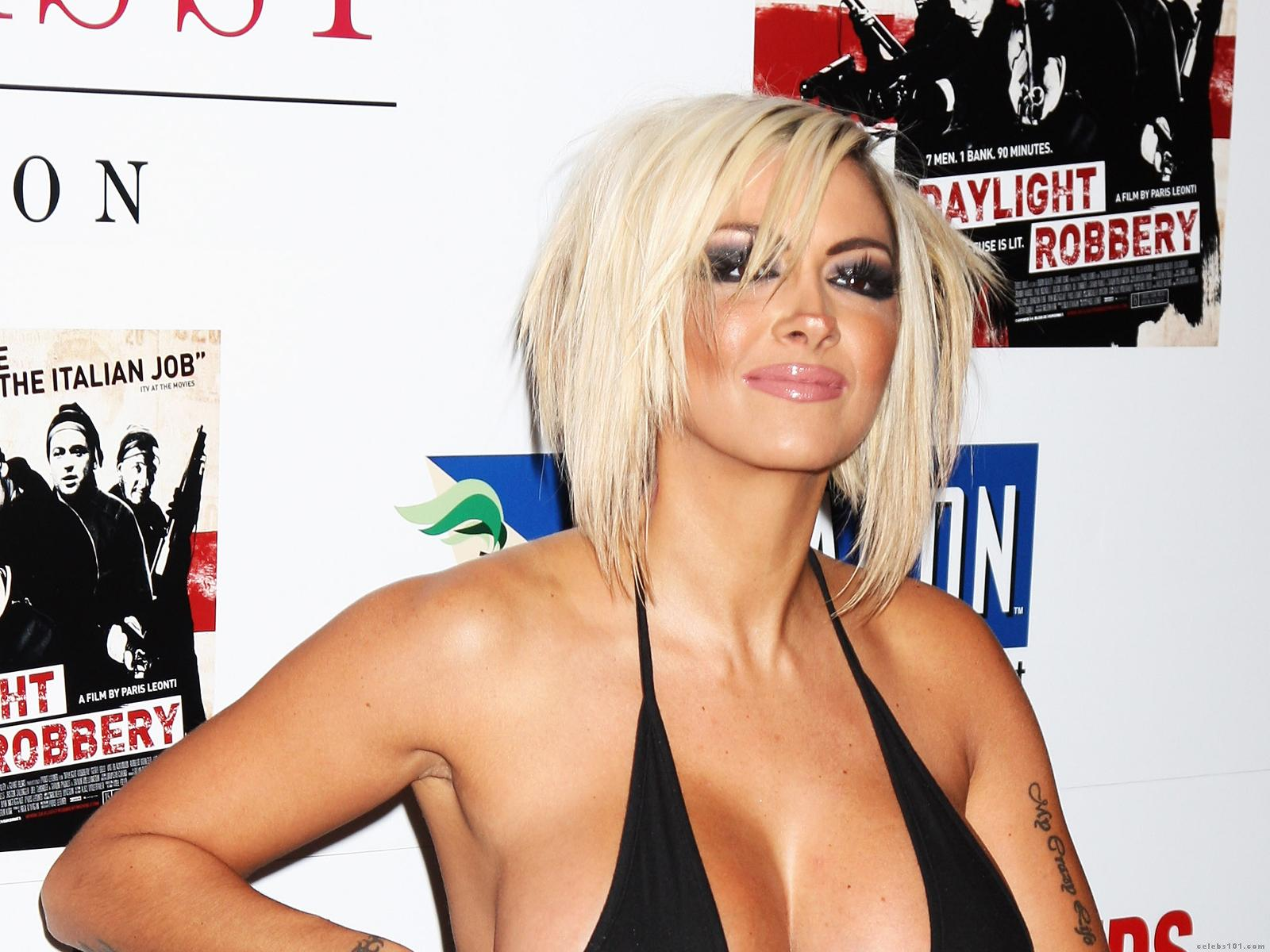 http://www.celebs101.com/wallpapers/Jodie_Marsh/235123/Jodie_Marsh_Wallpaper.jpg