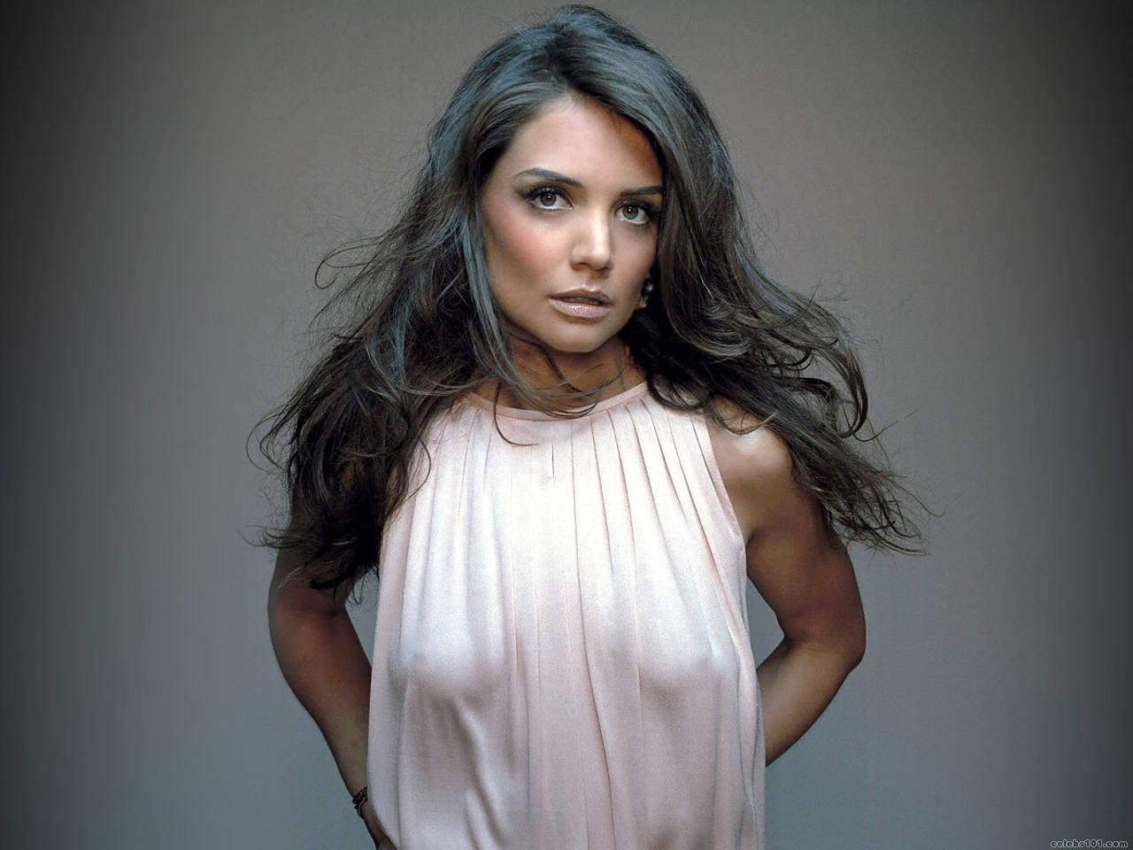 http://www.celebs101.com/wallpapers/Katie_Holmes/136069/holmes991280x960.jpg