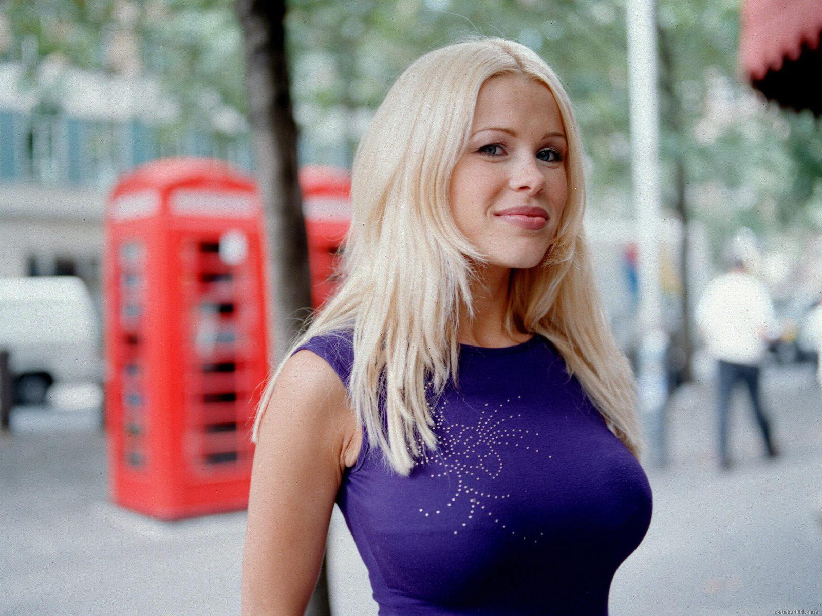 melinda messenger bet on dancing on ice pictures