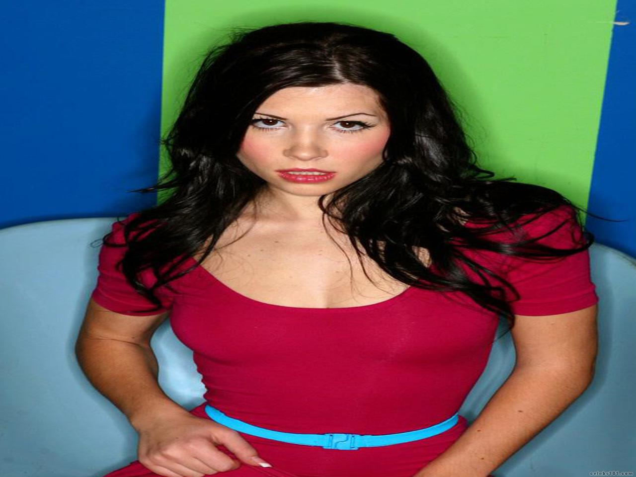 Rebecca Linares High quality wallpaper size 1280x960 of