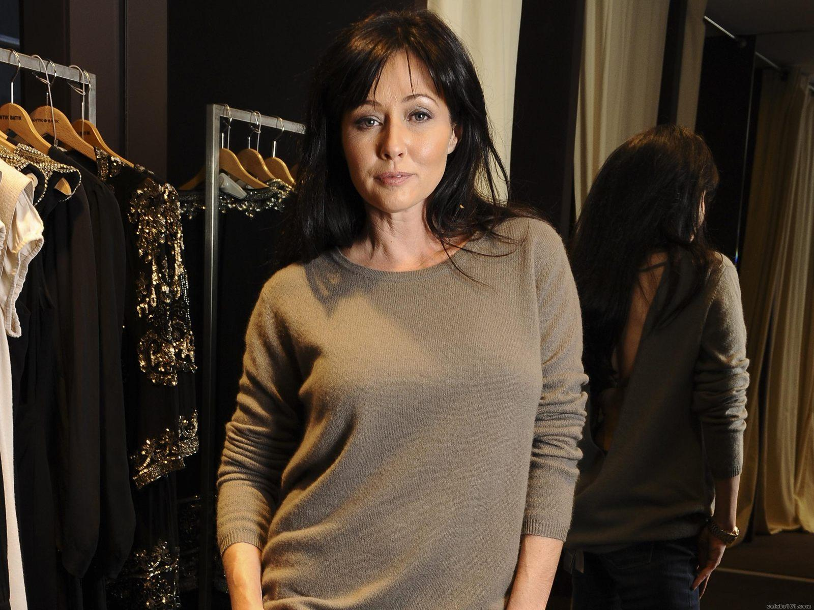 Think, Shannen doherty sexy naked