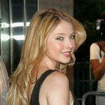 Elisabeth Harnois Photos