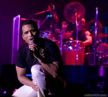Jon Secada Photos
