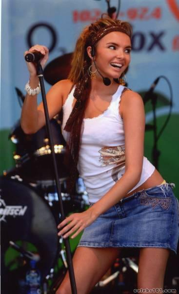 nadine coyle photo 7